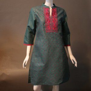 Dresses & Skirts - Price ReducedTurquoise and Fuschia Kurti Dress NWT